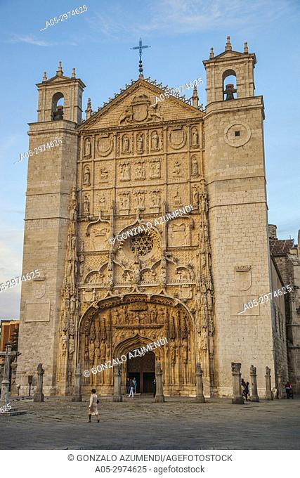 St. Paul church. St. Paul square. Gothic style. XIII century.Valladolid. Castilla Leon. Spain