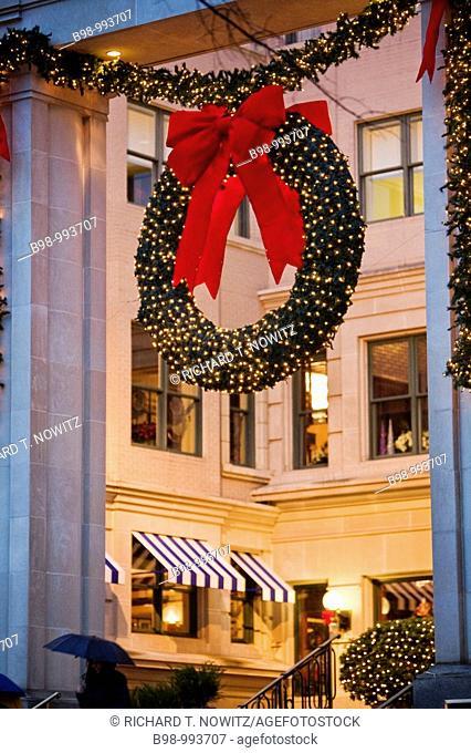 Washington, DC  Rainey day in DC, White House Christmas Tree and Willard Hotel