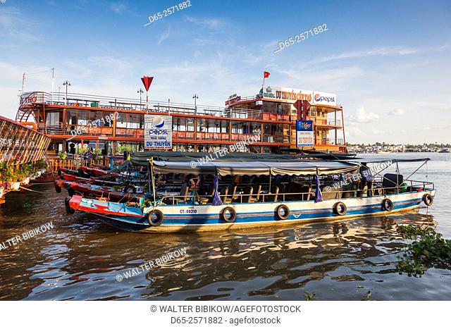 Vietnam, Mekong Delta, Can Tho, floating restaurant, Can Tho River