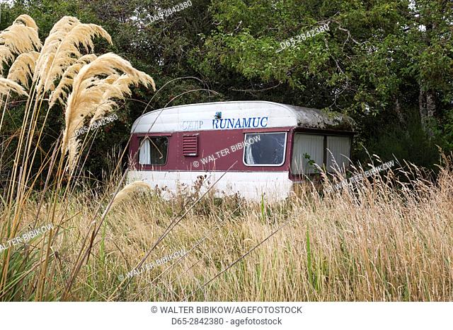 New Zealand, South Island, Southland, The Catlins, Waikawa, antique camper trailer