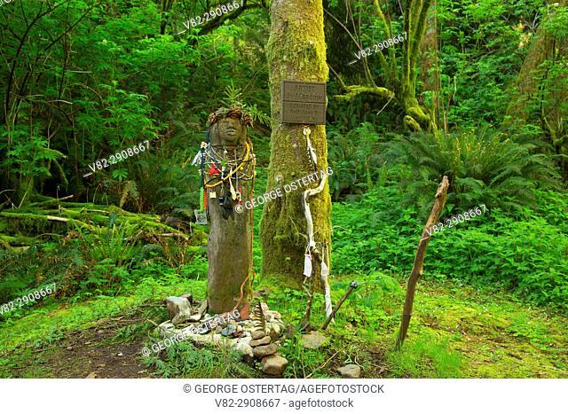 Amanda statue along Amanda's Trail, Cape Perpetua Scenic Area, Siuslaw National Forest, Oregon