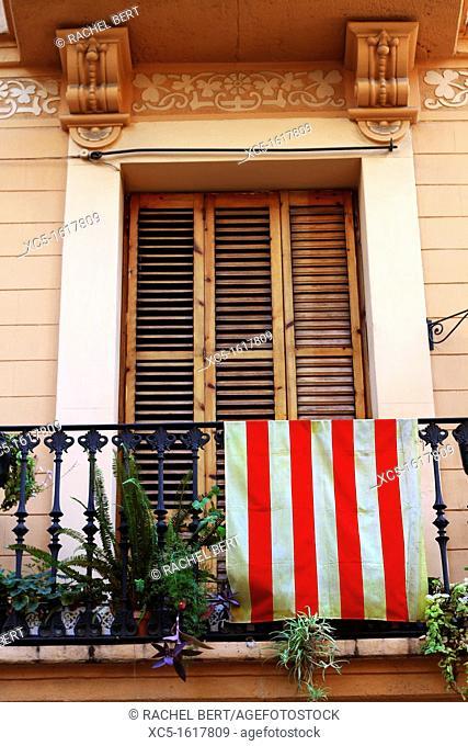 Modernism balcony, Gracia Quarter, Barcelona, Catalonia, Spain