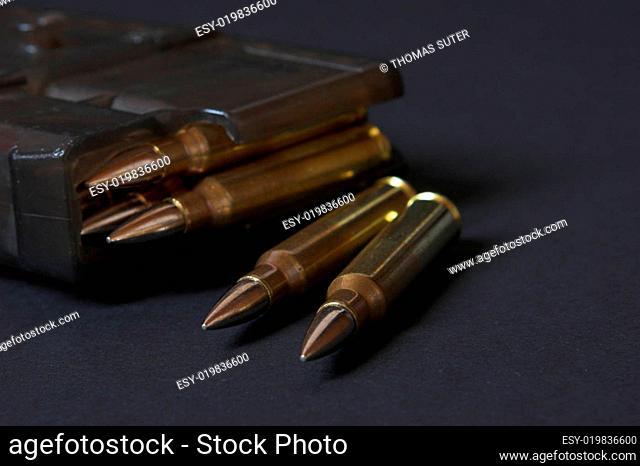 Magazin und Munition