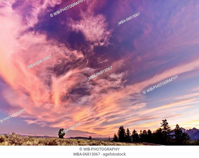 The USA, Wyoming, Grand Tetons National Park, sundown, cloud-shaped face