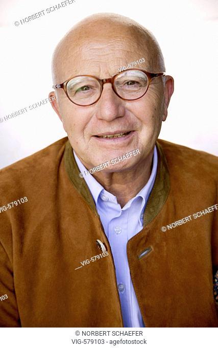 Laughing old man. - 03/12/2007