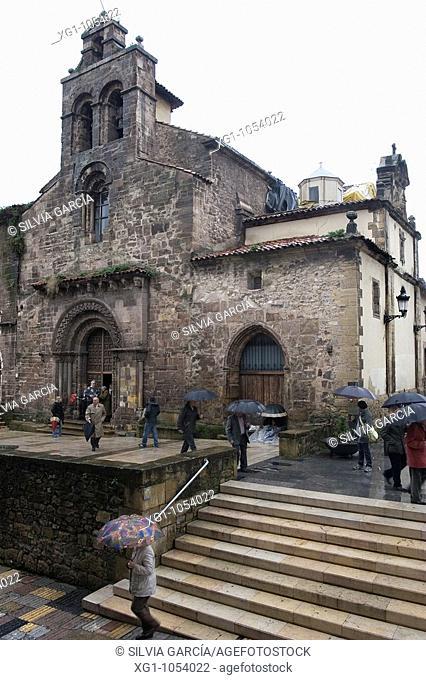 IGLESIA PADRES FRANCISCANOS, AVILES, ASTURIAS, ESPANYA