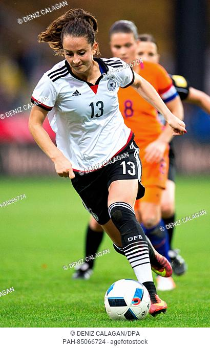 Germany's Sara Daebritz in action during the women's international soccer match between Germany and the Netherlands in theScholz Arena in Aalen, Germany