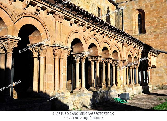 Co-cathedral of San Pedro, XII-XVIIth centuries, Romanesque archs in the cloister. Soria, Spain