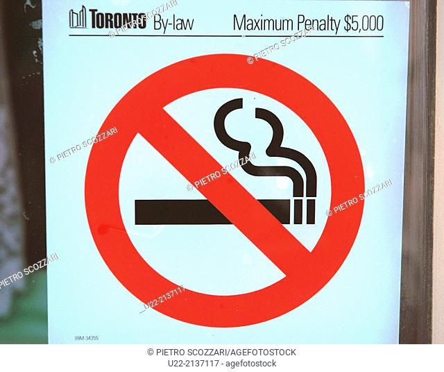 Toronto Canada: 'no smoking' sign