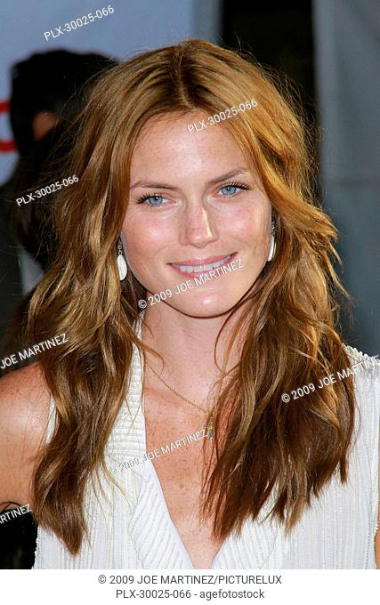 Mini Anden at the World Premiere of Touchstone Pictures' The Proposal held at the El Capitan Theatre in Hollywood, CA, June 1, 2009