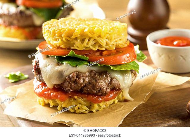 Homemade Ramen Cheese Burger with Lettuce and Tomato