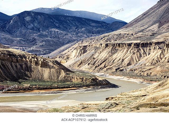 Canada, British Columbia, Cariboo Chilcotin region, grasslands, Fraser River, Fraser River Canyon, summer, landscape, water, river, scenic, horizontal