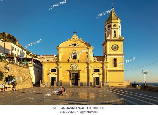 Parrocchia di San Gennaro, Renaissance basilica style church (b. 16th C), Praiano, Campania, Italy