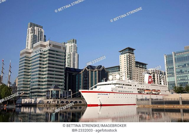 Cruise liner MS Deutschland moored at West India Dock at Canary Wharf during the 2012 Olympic Games in London, England, United Kingdom, Europe