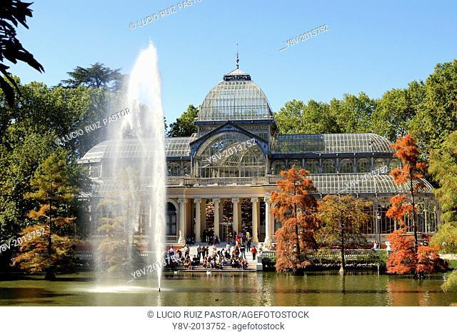 Spain. Madrid. El Retiro Park. Crystal palace (1887)