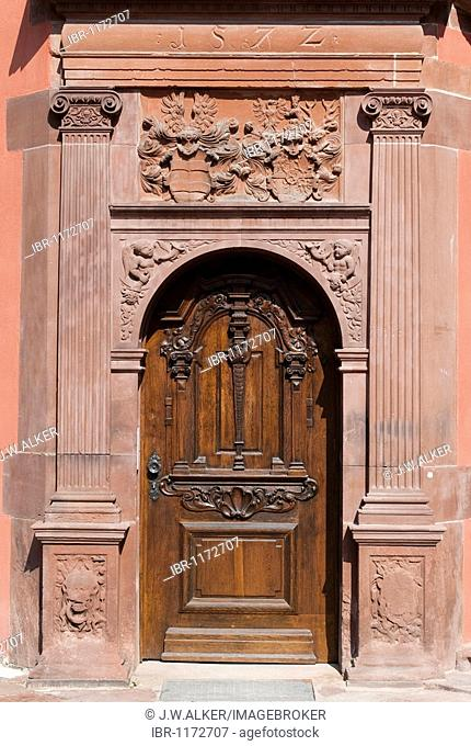 Door with emblem of the House of Isenburg, Isenburg Castle, renaissance facade with arcades, part of the campus of the University of Art and Design Offenbach...