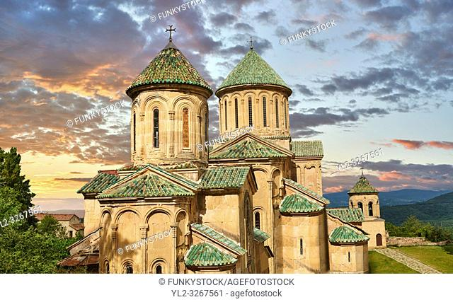 Pictures & images of Gelati Georgian Orthodox churches of (foreground) St George, 13th century, (behind) Church of the Virgin, 1106