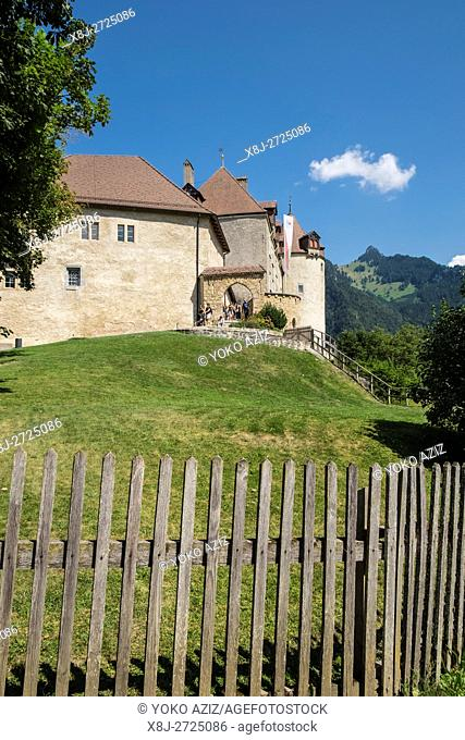 Switzerland, canton Fribourg, Gruyeres, old town, local castle
