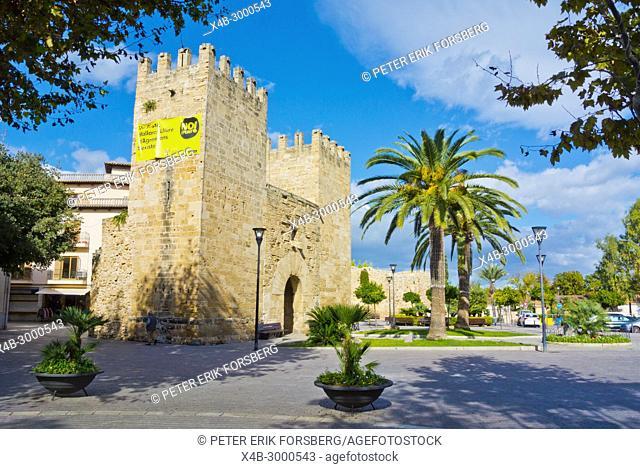 Placa Carles V, with Porta del Moll, Alcudia, Mallorca, Balearic islands, Spain