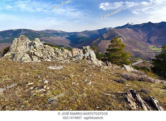 Sierra Norte from the Bañaderos hill  Madrid  Spain