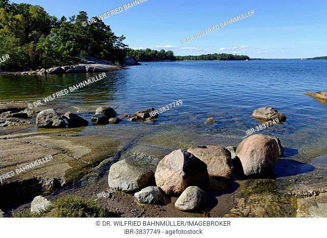 Typical round polished rocks, roches moutonnées, on Finnhamn Island in the Stockholm Middle Archipelago, Stockholm, Sweden