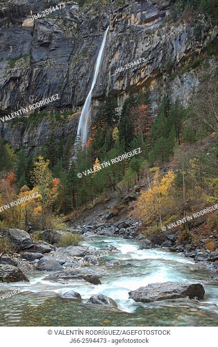 Ara river in the valley of Bujaruelo, waterfall Carpin. Ordesa National Park. Huesca