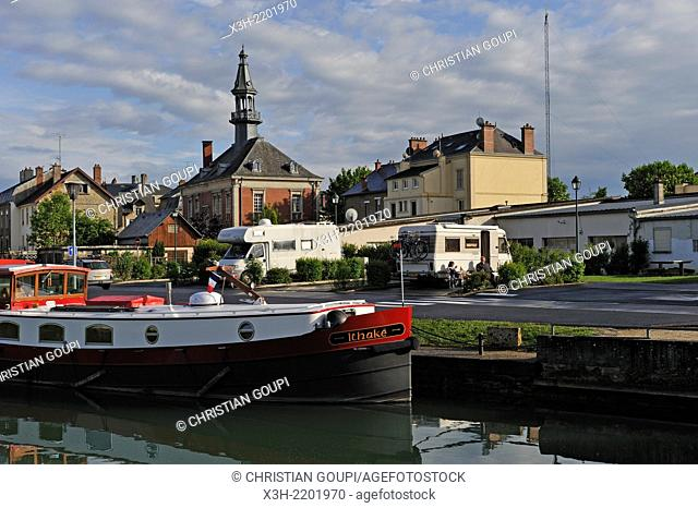 river port on the Meuse River, Mouzon, Ardennes department, Champagne-Ardenne region of northeasthern France, Europe