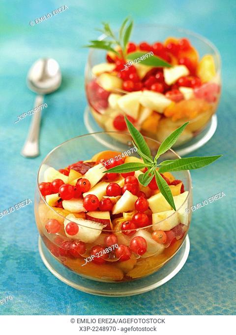 Fruit salad with stevia and lemon verbena