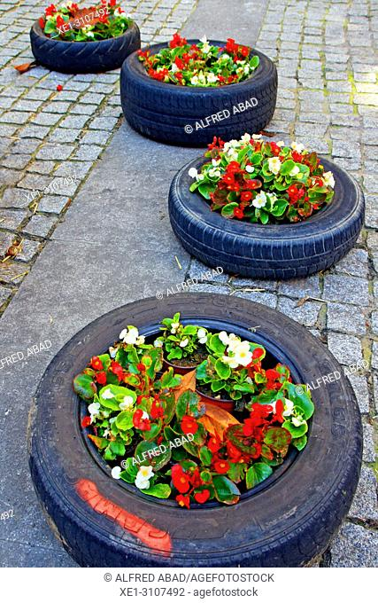 car tires with flowers, Temps de Flors 2018, Girona, Catalonia, Spain