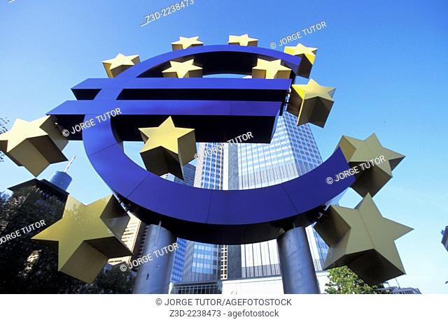 Euro symbol in front of the European Central Bank headquarters in Frankfurt, Germany Willy-Brandt-Platz Willy-Brandt-Platz