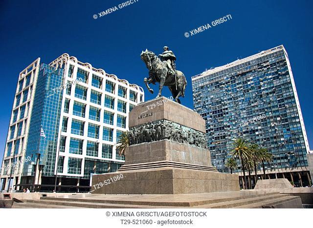 Plaza Independencia. Montevideo, Uruguay