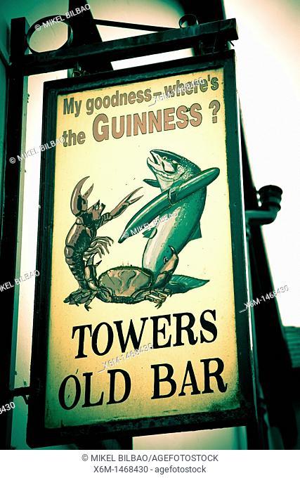 pub signal  Glenbeigh, Ring of Kerry, Iberagh Peninsula  County Kerry, Ireland