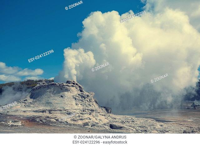Castle geyser