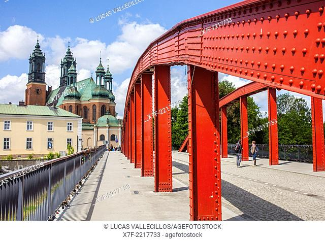 Access bridge to the Ostrow Tumski island, in background the cathedral, Poznan, Poland