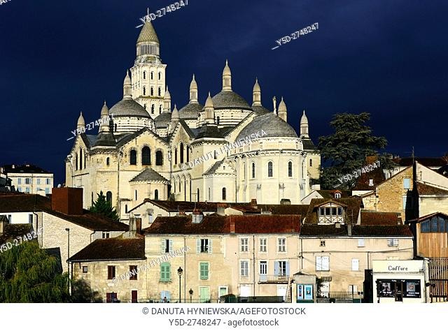 Perigueux, Saint Front Cathedral, Pilgrimage way to Santiago de Compostela, UNESCO World Heritage site, Perigord Blanc, Dordogne, Aquitaine, France , Europe