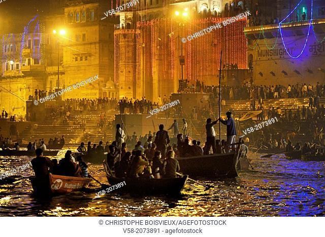 India, Uttar Pradesh, Varanasi, Dev Deepawali festival
