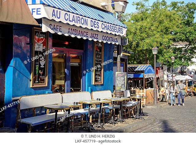 Cafe at Place du Tertre, Montmartre, Paris, France, Europe