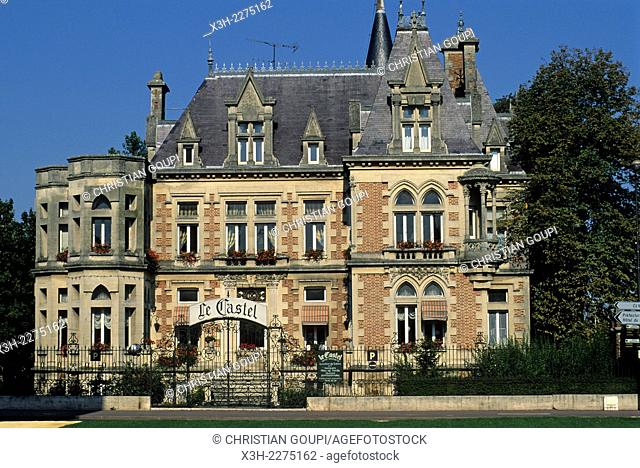 The Castel, St-Croix Gate, Chalons-en-Champagne, Marne department, Champagne-Ardenne region, France, Europe
