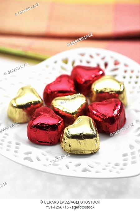 CHOCOLATE HEART FOR SAINT VALENTINE'S DAY