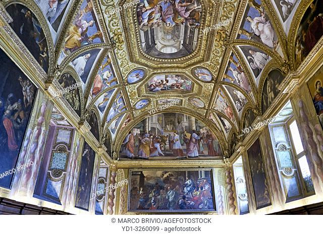Naples Campania Italy. TheCertosa di San Martino(Charterhouseof St. Martin) is a former monastery complex, now a museum, inNaples, southern Italy