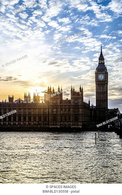 Sun setting over Houses of Parliament, London, United Kingdom