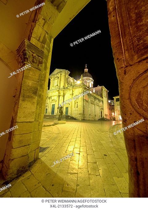 square in Dubrovnik at night, Croatia, Southern Dalmatia, Dubrovnik