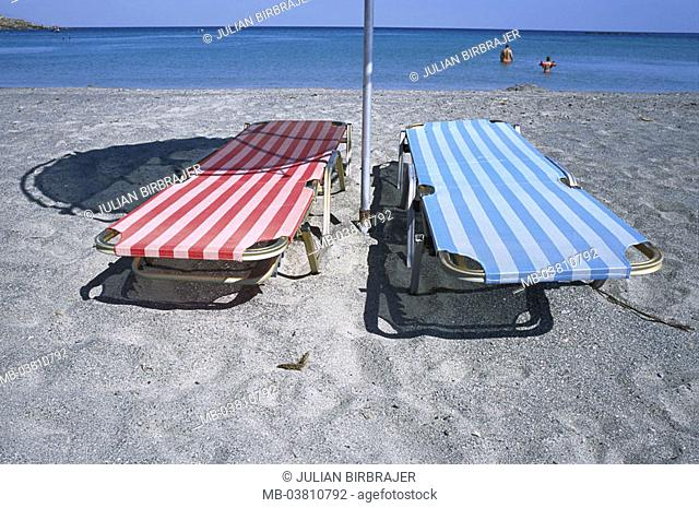 Beach, deck chairs, sea,  Swimmers  Sandy beach, beach decumbences, red, blue, touched tourists pole sea gaze, vacationers, rotgestreift, blue-striped, parasol