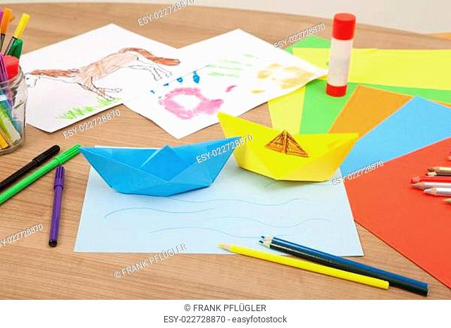 ships tinker of paper