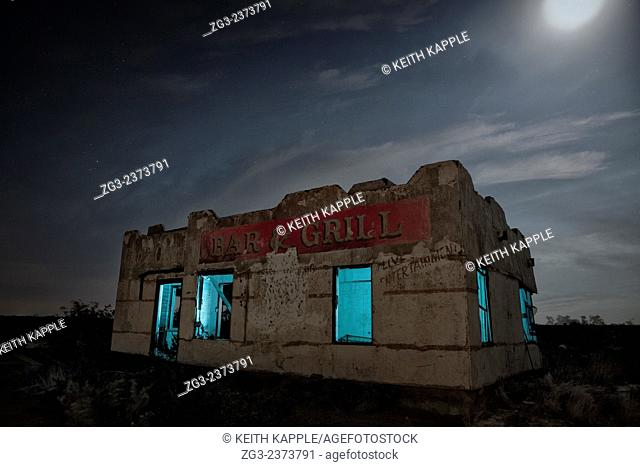 Abandoned Chata Ortega's Bar & Grill light painting, Toyah, Texas
