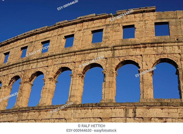 Römisches Amphitheater, Pula