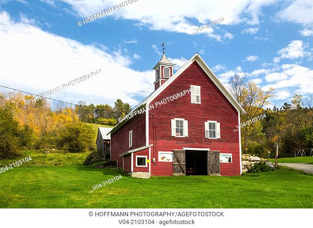 Picturesque red barn in Strafford in Vermont, USA