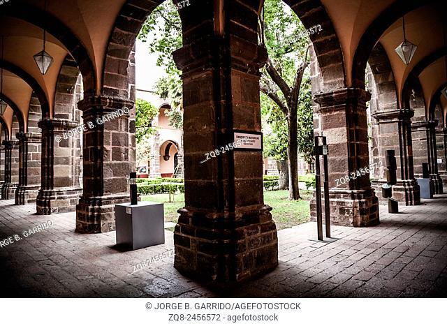A picturesque street scene in charming San Miguel de Allende, Mexico