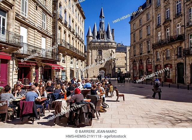 France, Gironde, Bordeaux, area listed as World Heritage by UNESCO, Porte Cailhau and Place du Palais