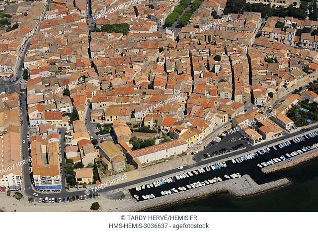France, Herault, Bassin de Thau, Bouzigues (aerial view)
